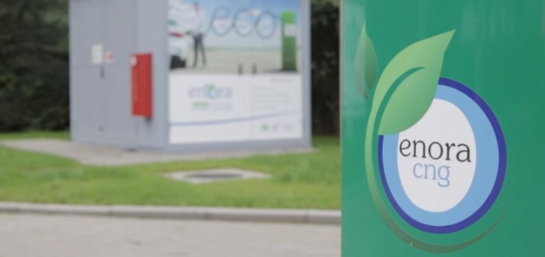 <strong>Vidéo :&nbsp;</strong>Enora installe une pompe&nbsp;CNG à Nivelles